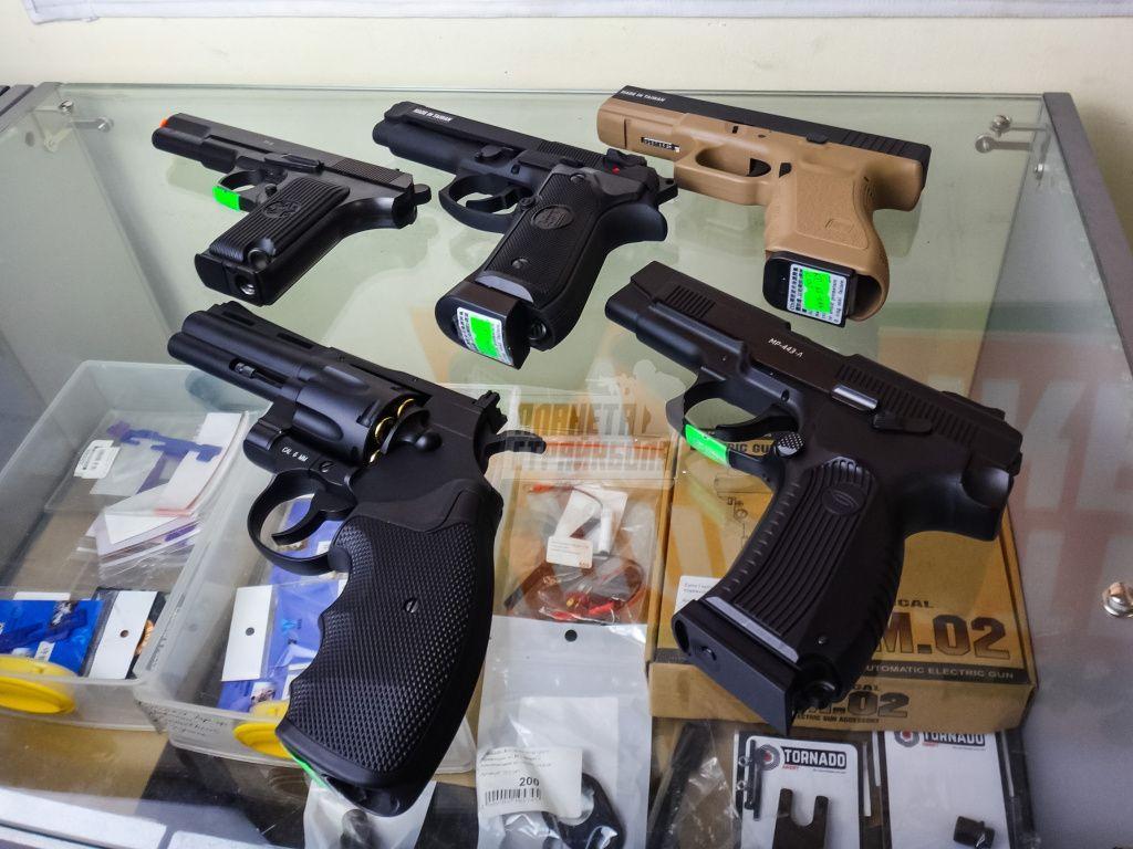 Страйкбольные пистолеты