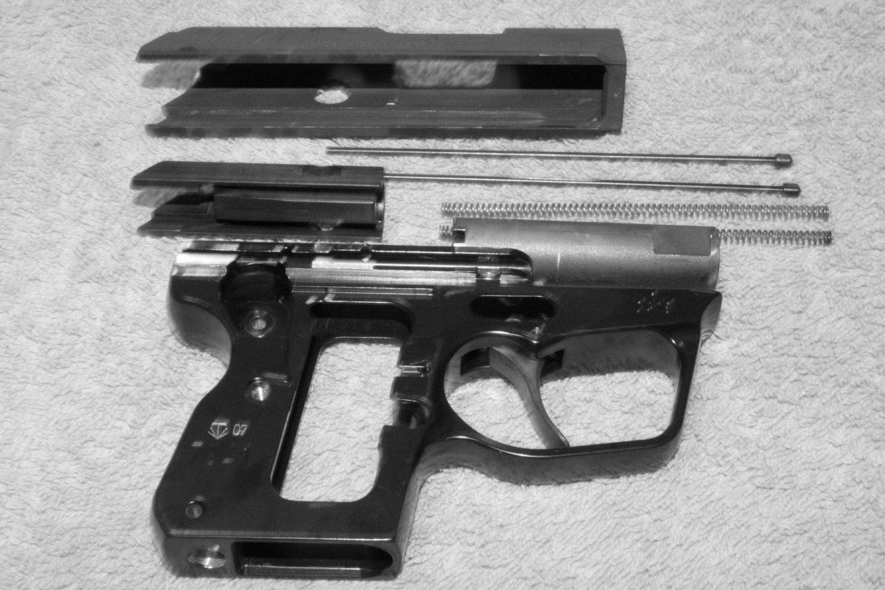 Обзор травматического пистолета WASP R